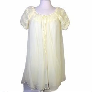 Lucia of California vintage nightgown peignoir set